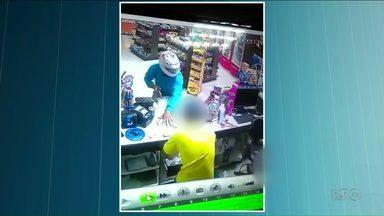 Polícia procura assaltantes de posto de combustíveis em Terra Rica - Durante o roubo um funcionário foi agredido com coronhada na cabeça.