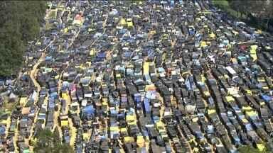 Justiça dá 120 dias para famílias desocuparem terreno em São Bernardo (SP) - O terreno pertence a uma incorporadora, tem 70 mil metros quadrados e foi ocupado em setembro por oito mil famílias ligadas ao Movimento dos Trabalhadores Sem Teto (MTST).