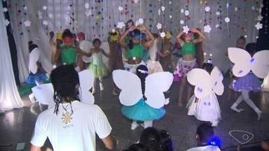 Projeto usa cultura e educação para mudar realidade de crianças de Vitória - Projeto social atende jovens e crianças da região de São Benedito, em Vitória.