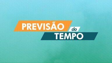 A sexta-feira (15) deve ser de tempo instável na região de Curitiba - O tempo continua abafado.