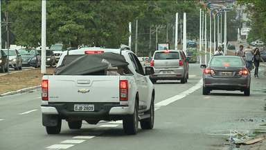 Veículos que circularem nas faixas exclusivas para ônibus serão multados em São Luís - Prazo da medida implantada em caráter experimental pela Secretaria Municipal de Trânsito e Transportes (SMTT) termina nesta quinta-feira (14).