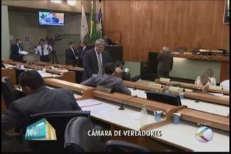 IPTU progressivo e reajuste no salário de vereadores são assuntos discutidos na Câmara - Presidente Alexandre Nogueira fala sobre recomposição salarial.