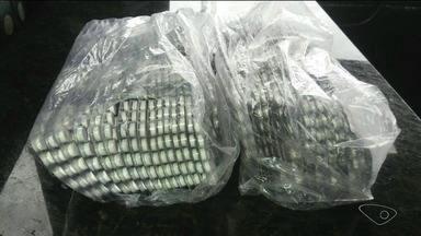 Caminhoneiro é preso com 1.500 comprimidos de arrebite na BR 101 - Segundo o acusado, a droga foi adquirida na cidade de Goiânia pelo valor de R$ 20 a cartela, contendo 15 comprimidos.