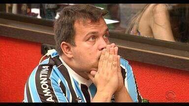 Homenagem de Paulo Sant'Ana ao Grêmio em 1983 é reproduzida para final do Mundial de 2017 - Duda Garbi dá voz a coluna histórica escrita por Sant'Ana.