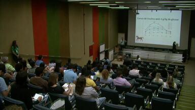 Simpósio Alagoano de Medicina Equina discute importância da qualificação e da inovação - Profissionais e estudantes da área estiveram presentes ao evento.