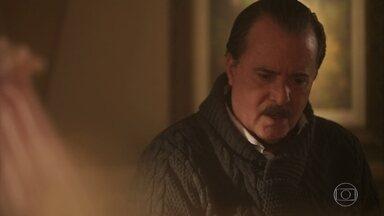 José Augusto repara melhora de neta e fica aliviado - Angélica teme por Henriqueta