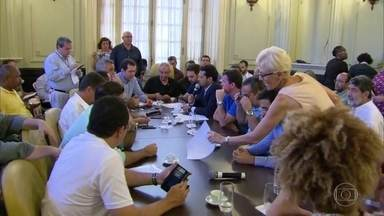 Câmara de Vereadores do Rio discute se vai votar mais de 20 projetos da Prefeitura - Vereadores da base do governo negociam agenda de votação, até o fim do ano.