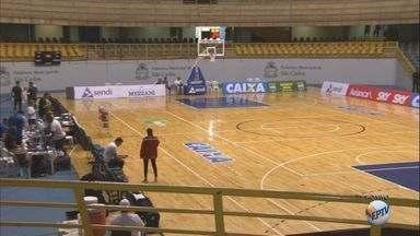 Bauru e Flamengo se enfrentam pelo NBB em São Carlos - Partida é no ginásio Milton Olaio.