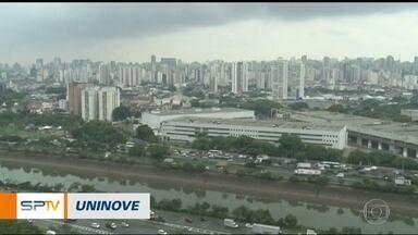São Paulo deve ter chuva durante o feriado de Natal - O sol deve aparecer, e o tempo vai ficar abafado, mas a chuva continua durante o feriado de Natal. A temperatura máxima deve chegar a 26ºC.