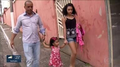 Pais reclamam que centros de educação infantil municipais começaram o recesso antes - Oficialmente o encerramento das atividades deveria ser apenas nesta sexta-feira (22).