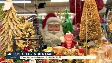 Paulistanos descrevem a cor do Natal - O teólogo João Cláudio Rufino diz que o Natal tem cor de lembrança. Na Igreja Católica, esse período é marcado pelas cores roxa, vermelha e branca.