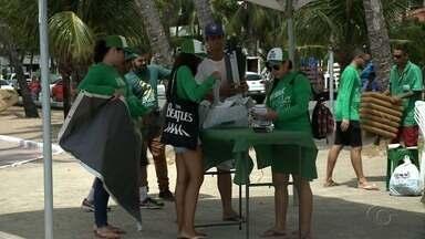 IMA realiza campanha de preservação ao meio ambiente nas praias de Maceió - Ação tem como objetivo conscientizar turistas e maceioences sobre a importância de ter um meio ambiente limpo.