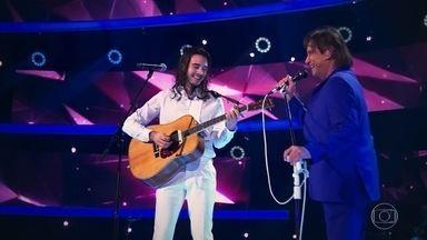 Roberto Carlos 'É Preciso Saber Viver' e 'Amei Te Ver' com Tiago Iorc - A dupla faz bonito na apresentação