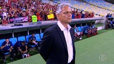 Central do Mercado: Flamengo aguarda decisão de Rueda para definir comandante de 2018 - Lucas Pratto é disputado por clubes latino-americanos, Orejuela deixa o Fluminense.