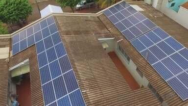 Asilo ganha placas solares para reduzir custos com energia em Guaíra, SP - Bom para o meio ambiente e para a instituição que economiza até 45% na conta de luz.