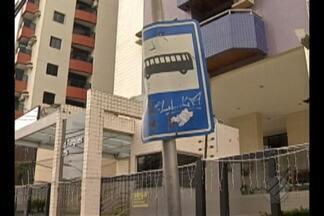 Falta de sinzalização prejudica usuários de ônibus, motoristas e turistas, em Belém - Reportagem mostra a falta de placas na capital.