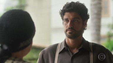 Inácio fala sobre filho que nunca conheceu para Lucerne - O português elogia gesto de caridade da dona da Maison