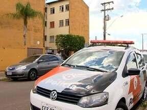Polícia Militar prende suspeito de envolvimento na morte de rapaz no Jardim Brasil Novo - Homem estava foragido e foi encontrado no Jardim Humberto Salvador, em Presidente Prudente.
