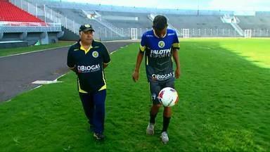 Conheça a dupla que agita o vestiário do time de futebol do Cascavel - Campeonato paranaense começa em janeiro.