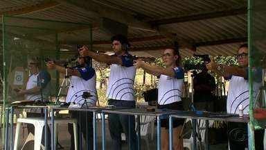 Federação Alagoana de Tiro Esportivo conquista medalha em competição no Rio de Janeiro - Atletas trouxeram várias medalhas para Alagoas.