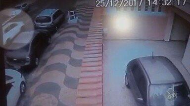 Duas pessoas são presas por furto e compra de cabos de telefonia em Campinas - Funcionário de uma empresa utilizava uniforme e veículo da companhia para cometer os crimes.
