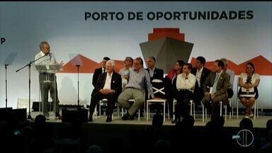 Temer participa de cerimônia para criar Zona de Processamento de Exportação - Decreto de criação da ZPE foi assinado por volta das 12h desta quarta-feira (27) em São João da Barra, no RJ.