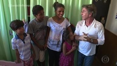 Veja como ficou o resultado final da reforma no quarto dos filhos de Natalia - Natalia se emociona com o novo quarto feito pela equipe de Jairo Sender no 'Dando um Retoque'.
