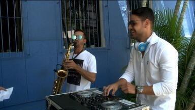 Festa da virada em Maceió será animada por Dj e sax - Dj Gelle Trindade fala sobre o show realizado na capital alagoana.