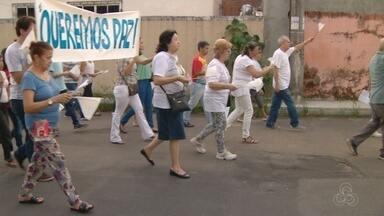 Caminhada pela paz é realizada na Zona Centro Oeste de Manaus - A ideia é chamar a atenção da comunidade para o fim da violência e promover a comunhão entre as pessoas.