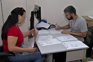 Especialistas dizem que geração de empregos para o Alto Tietê é positiva para 2018 - Aplicativos de celular podem ajudar na procura por emprego.