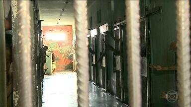 Tragédia em presídio de RR completa um ano sem mudanças para evitar novos problemas - Brigas de facções e superlotação foram alguns dos problemas que levaram à morte 33 presos da penitenciária agrícola de Monte Cristo, a maior de Roraima.