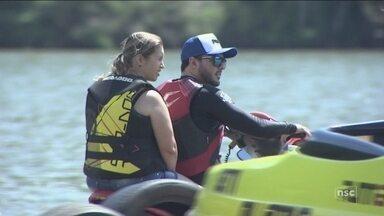 Prática de esportes aquáticos exige treinamento e medidas de segurança - Prática de esportes aquáticos exige treinamento e medidas de segurança