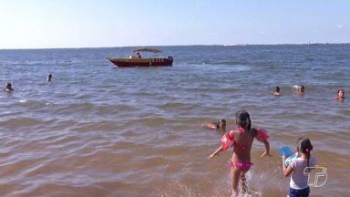 Corpo de Bombeiros alerta para afogamentos de banhistas nas praias de Santarém - Pais devem estar atentos as crianças sozinhas no rio. Casos de afogamento aumentam no período das férias.