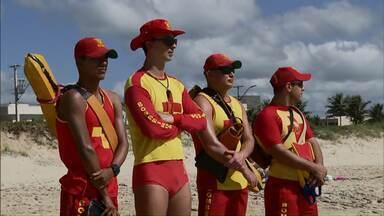 Aumenta o número de salvamentos no litoral paranaense - Em relação ao ano passado, o número de salvamentos praticamente dobrou.