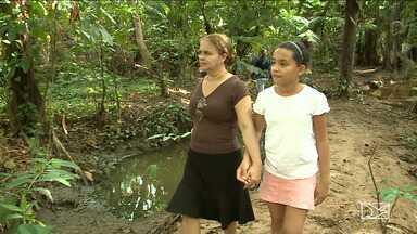 Moradores em São Luís criam projeto de preservação de área verde - Moradores do bairro Anil se juntaram para criar um projeto de preservação de uma área verde do local que estava sendo poluída com lixo e esgoto.