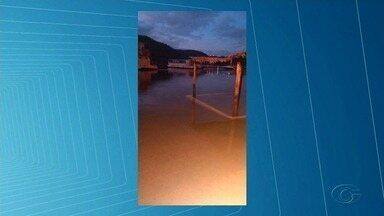 Abertura das comportas da Hidrelétrica de Xingó causa prejuízos em Piranhas - Nível do Rio São Francisco subiu, levando barcos e inundando imóveis.