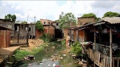 De cada dez residências no Brasil, três ainda jogam esgoto direto na rua - A lei que deveria cobrar um plano de saneamento das cidades existe há 11 anos, mas foi adiada de novo.