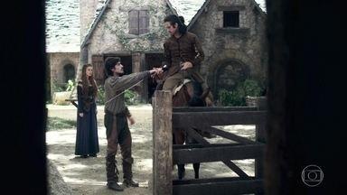 Afonso parte para Montemor - Ele pede que Amália confie nele