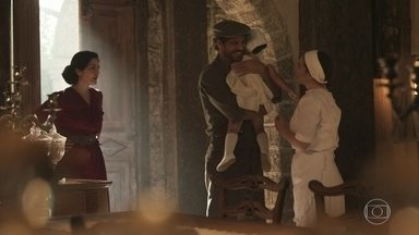 Inácio leva Mariana para a casa de Henriqueta - Tereza estranha que Delfina não o tenha impedido