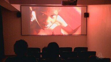 'Casarão' oferece programação de cinema de rua em Manaus - Local é opção para assistir filmes alternativos e que não costumam estrear em cinemas de shoppings.