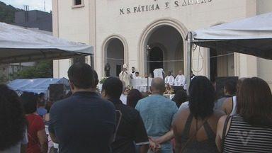 Guarujá comemora 'Dia do Padroeiro' com programação especial - Procissão e show musical fizeram parte das atividades religiosas desta segunda-feira (15).