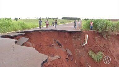 Defesa Civil envia pela 1ª vez SMS alertando sobre desastre natural em MS - Moradores de 36 cidades do sul do estado receberam o aviso, que é válido até às 22h desta sexta-feira (19).