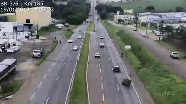Carroceiro cruza BR 376 na contramão e é atingido por carro - O acidente foi entre Sarandi e Marialva, às 12h desta sexta-feira, 19.