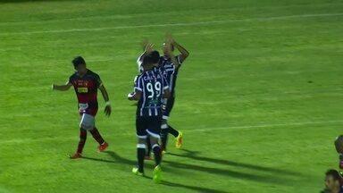 Goool do Ceará! Ernandes encontra Andrigo dentro da área, que bate no canto do gol - Goool do Ceará! Ernandes encontra Andrigo dentro da área, que bate no canto do gol.