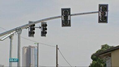 Novos semáforos começam a ser testado - Novos semáforos começam a ser testado