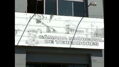 Vereadores de Cacequi voltam a receber o 13° salário depois de 6 anos sem o benefício - A mudança dividiu opiniões na cidade de 13 mil habitantes.