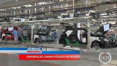 Exportações cresceram 20% no último ano - Empresas da região resolveram ultrapassar fronteiras.