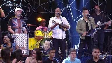 Molejo canta Quando eu Cantar, Iaiá - Grupo encerra o primeiro bloco do programa