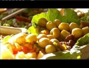 Grupo de agricultores de Coronel Fabriciano investem na culinária sustentável - Comida é feita com produtos colhidos na região.