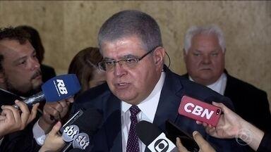 """Governo mantém o nome de Cristiane Brasil para o ministério do Trabalho - No dia 29, surgiu o """"vídeo da lancha"""" (deputada entre amigos tentando se defender das acusações). Pegou bem mal. O pai dela e presidente do PTB, Roberto Jefferson, criticou."""